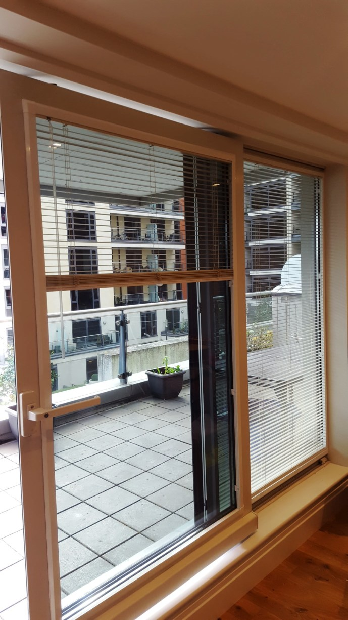 Perfect fit venetian blind