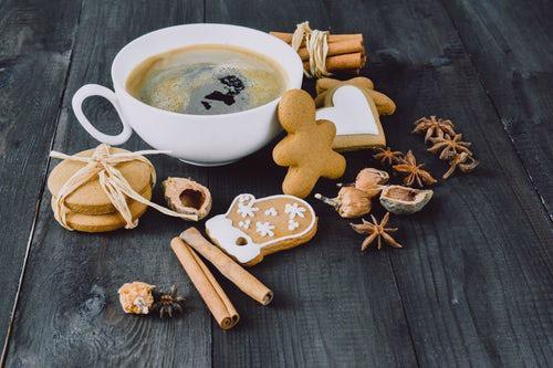 Spicy Keto Gingerbread Cookies