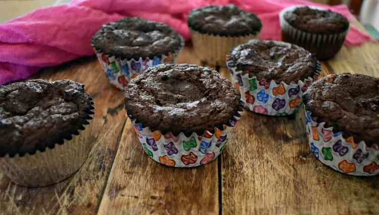 Rich keto chocolate sour cream cupcakes