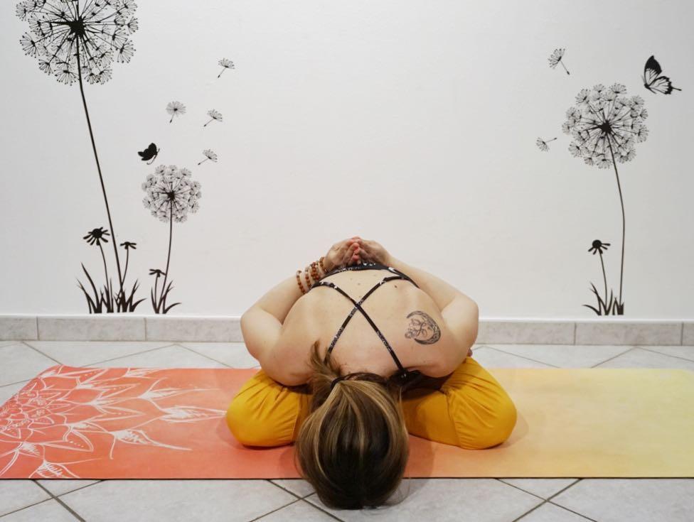 Yoga mudrasana by Alice Del Ministro - Fitzabout