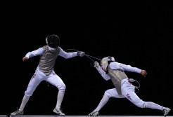 Fencing Photo Credit: bleacherreport.com