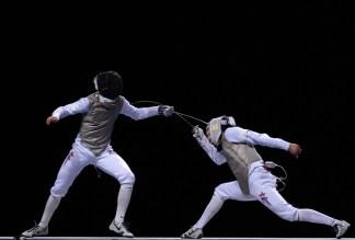 Fencing Photo Credit: bleacherreport.com