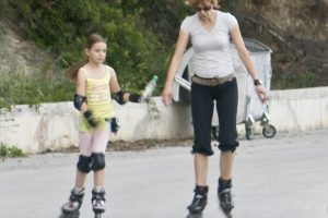Surprising Ways to Slash 500 Calories #9: Skate your way Skinny