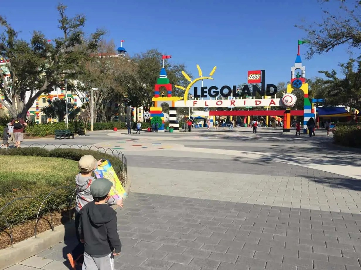 entrance to legoland in florida