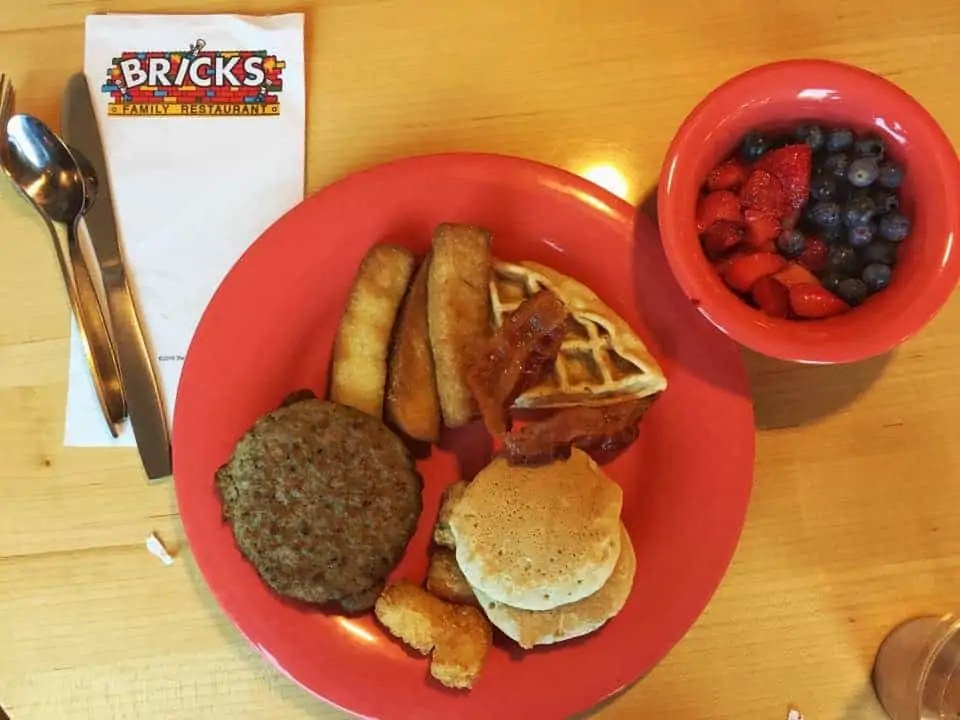 breakfast at Bricks at Legoland Florida Hotel