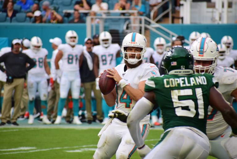 Tank That! Dolphins Beat Adam Gase's Jets for 1st Win