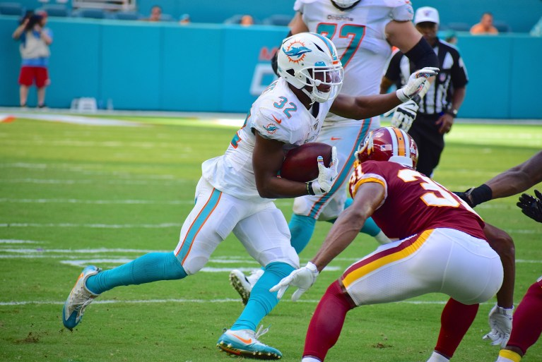 Should the Dolphins Trade RB Kenyan Drake?