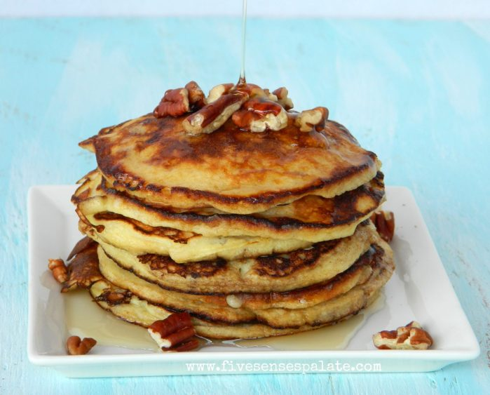 Banana Pancakes with Pecans & Maple Syrup Recipe