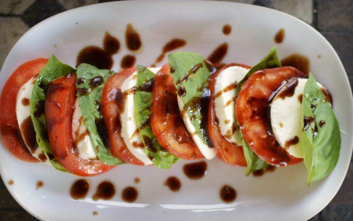 Caprese Salad Recipe | Five Senses Palate