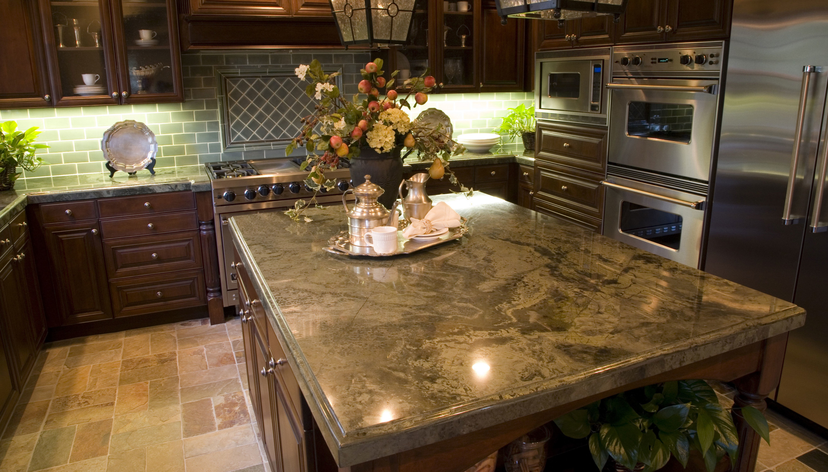 woodinville granite kitchen counter