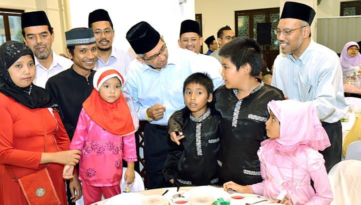 Yaacob and Muslim Family