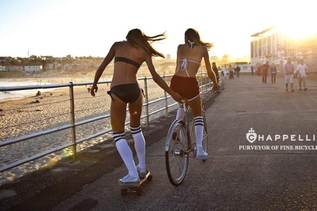 Campagne Chappelli Cycle avec cruiser et fixe sur la digue
