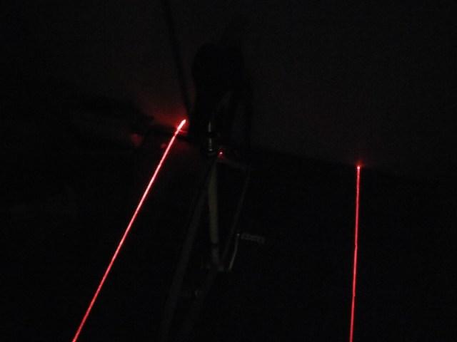 Lampe arrière piste cyclable en test de côté