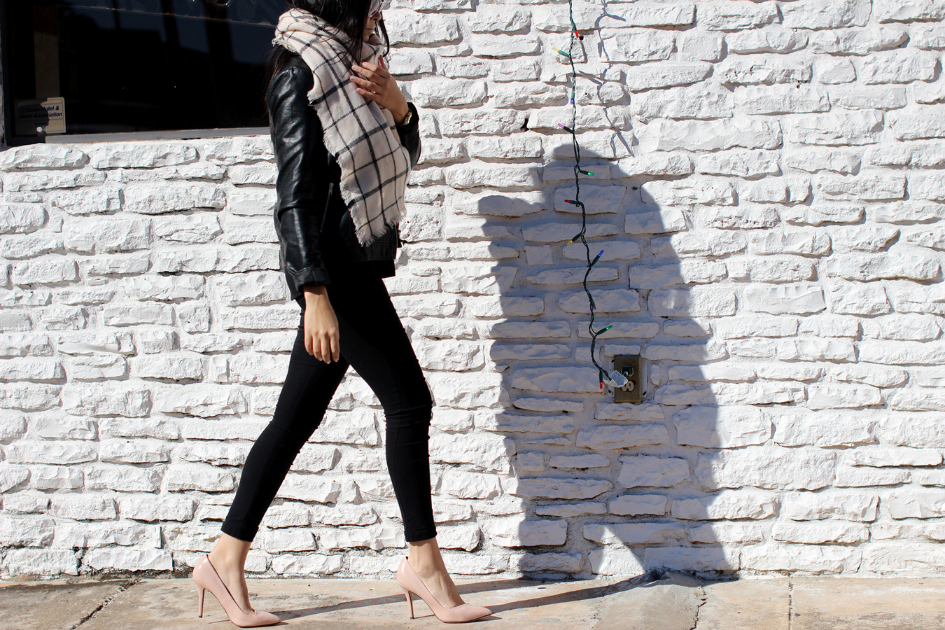 FTT-AUSTIN-LILY-AND-SHI-SCARF-LEATHER-JACKET