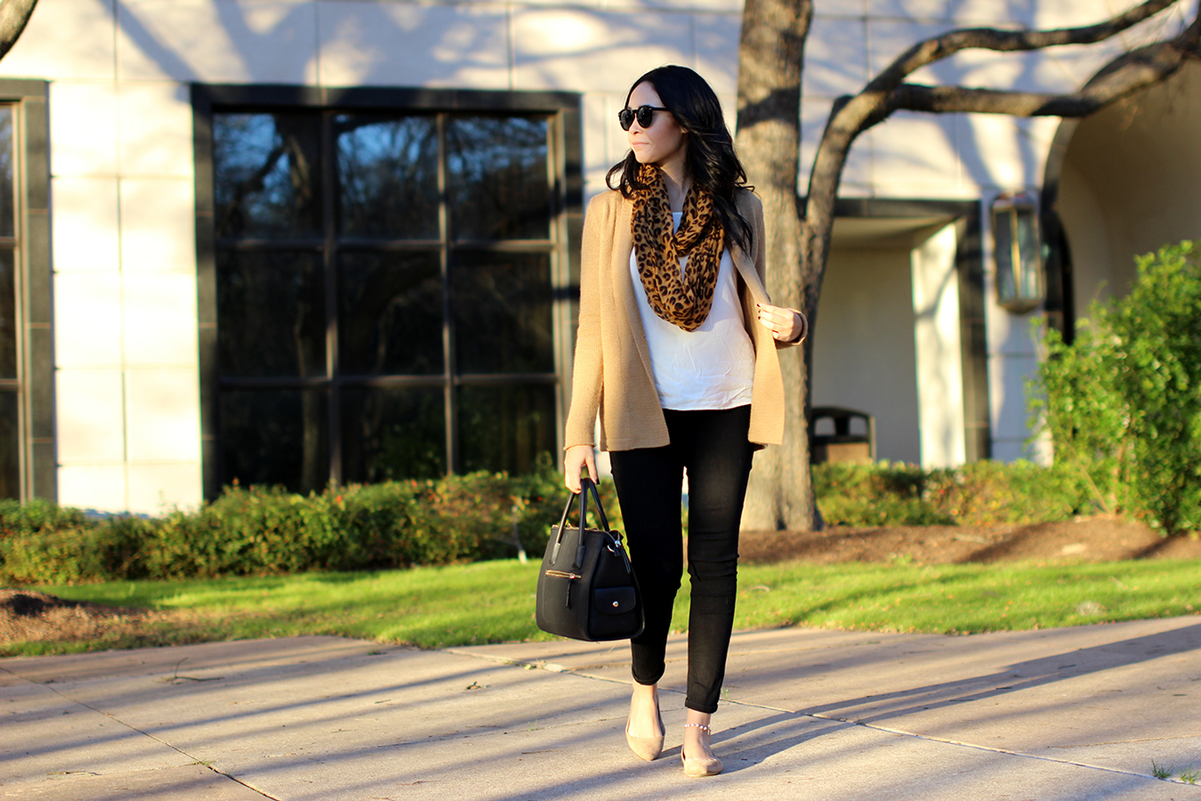 FTT-LILY-AND-SHI-SWEATER-AUSTIN-FASHION-BLOGGER-5
