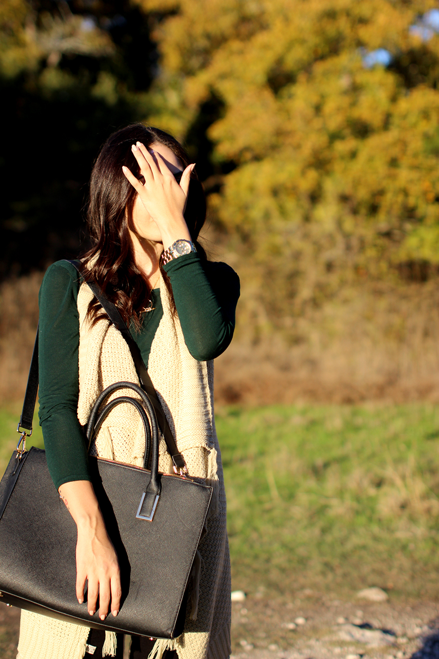 FTT-LILY-AND-SHI-VEST-BLACK-SKINNY-FOREVER-21-FALL-FASHION-BLOG-3