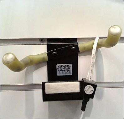 Twin Arm Trumpet Slatwall Hook Detail