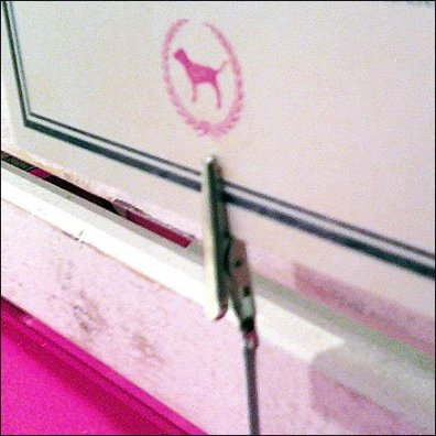 Alligator Clip Sign Holder Closeup