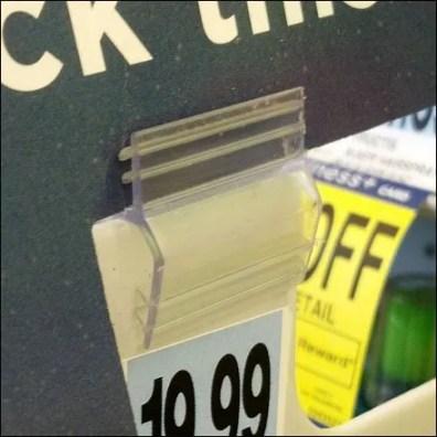 Strip Merchandiser Grip Clip Detail