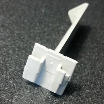 Plastic Butterfly Hook Detail Main1