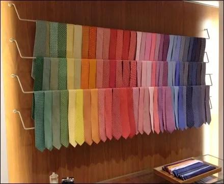 Ferragamo Plug-in Necktie Bar