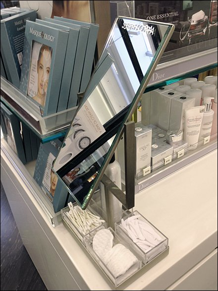 Sephora Moveable Makeup Station