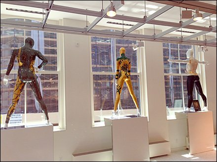 SiCis Tiles Second-Story Mannequin Display