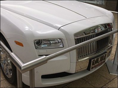 Buying a Rolls Royce at the Mall 2