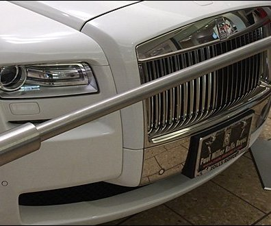 Buying a Rolls Royce at the Mall 3