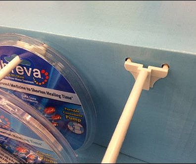Abreva® Corrugated Shelf-Topper 1