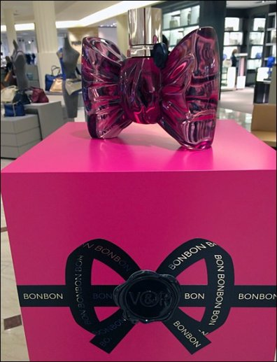 BonBon Fragrance Cube Closeup