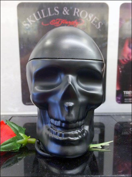 Skulls and Roses Point-of-Purchase Front