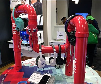 Bose Headphone PVC Pipe Dream Display