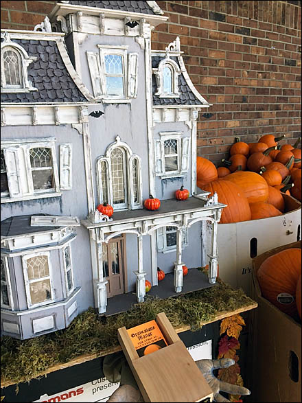 Haunted House Pumpkin Sale Main