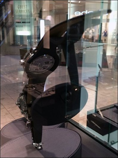 Rear-View-Mirror Watch Display