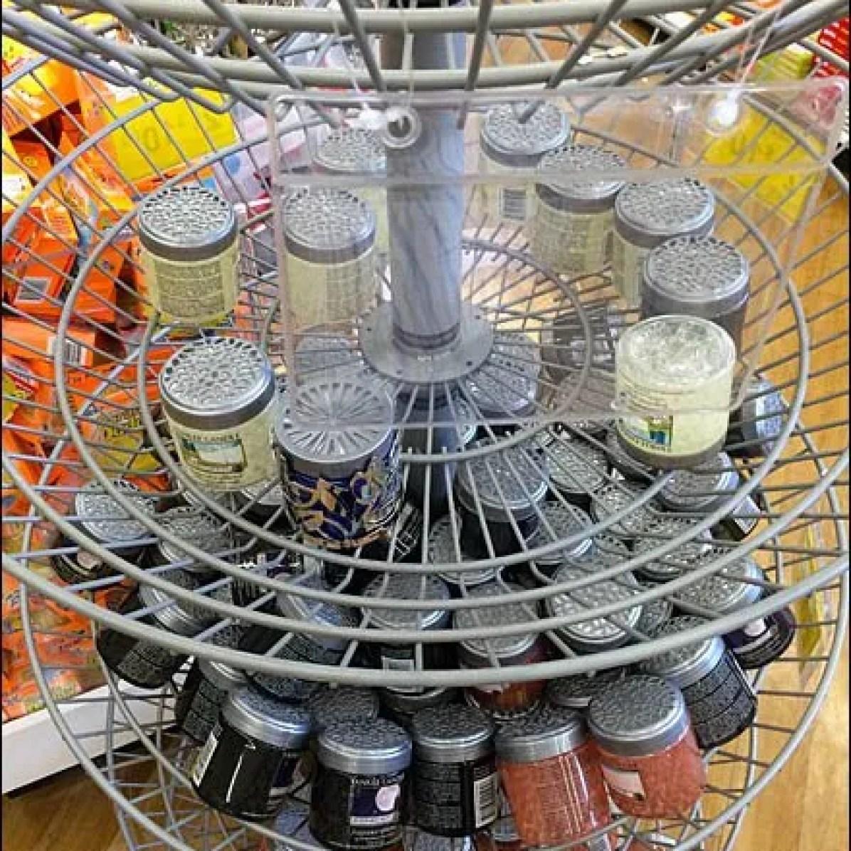 Wire Basket Island Spinner 3
