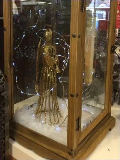 Lantern As Museum Case 2