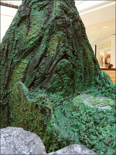 Machu Picchu Mall Miniatures Tourism Display