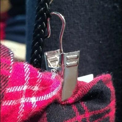 Paracord Flannel Clip Detail