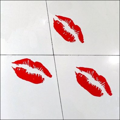 Kiss, Kiss, Kiss Floor Graphic