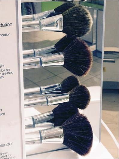 Clinique Mirrored Brush Colection 3