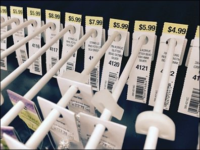 Space-Saving One-Lug Pegboard Hooks For Crafts