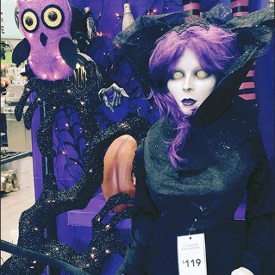 Haunted Living For D.I.Y. Halloweeners