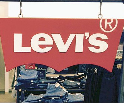 Free-Hanging Levi's® Logo on S-Hooks