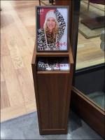 J Jill Store-Entry Catalog Display