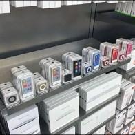 Apple iPod Shelf Edge Merchandising