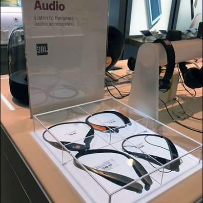Headphone Flat Museum Case 1