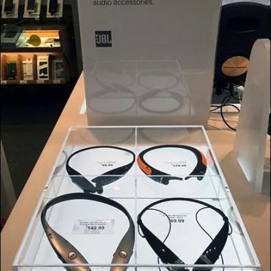 Headphone Flat Museum Case 2
