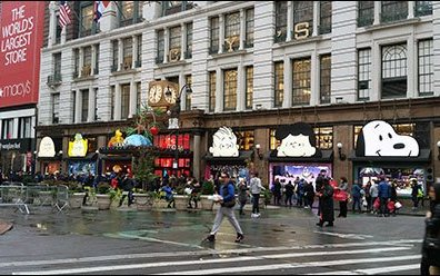 Peanuts Gang Awning Advertising at Macys® Herald Square 1