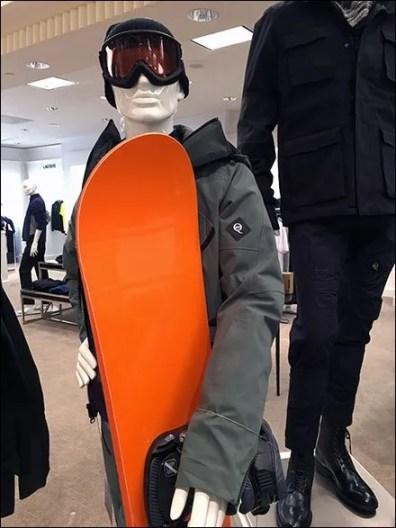 Snowboard Merchandisng Props 3